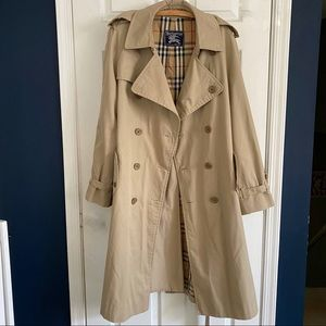 Vintage Burberry Trench 40L